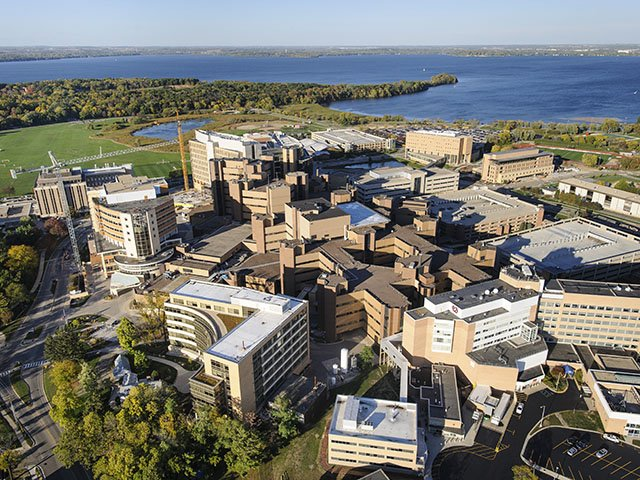 Aerial photo of the UW Medical Complex showing buildings along the lake